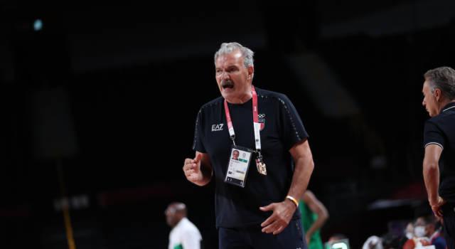 """Basket, Olimpiadi Tokyo, Meo Sacchetti: """"La vittoria sugli USA parla del valore della Francia"""". Nicolò Melli: """"Daremo tutto col coltello tra i denti"""""""