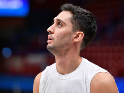 Basket: Davide Moretti negativo al Covid-19, Pesaro sorride
