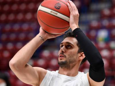Basket: Davide Moretti resta ancora positivo al Covid-19. Continuano i guai per il nuovo arrivo a Pesaro