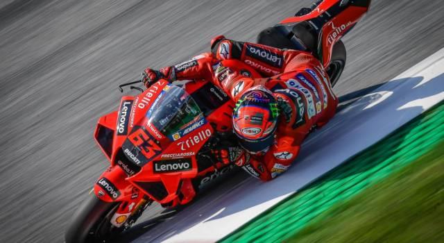 MotoGP, GP Gran Bretagna 2021: a che ora inizia la gara e come vederla in tv. Programma TV8, Sky e DAZN