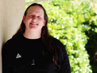"""Sollevamento Pesi, Olimpiadi Tokyo: Laurel Hubbard ringrazia il CIO: """"Lo sport è inclusivo e accessibile"""""""