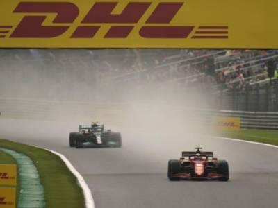 """LIVE F1, GP Belgio in DIRETTA: Lewis Hamilton sulla farsa della FIA. """"Tutta una questione di soldi"""""""