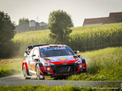 Rally Belgio 2021: Thierry Neuville chiude al comando la prima giornata, ma Craig Breen lo bracca