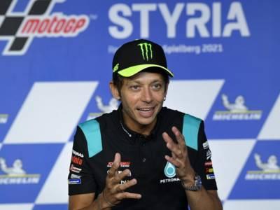 Valentino Rossi ha detto basta: un'icona che ha reso speciale il motociclismo