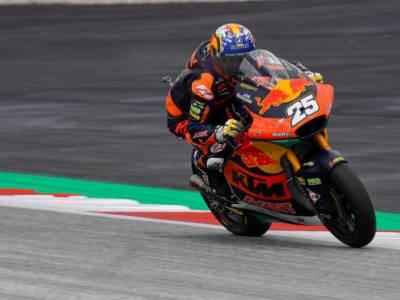 Moto2, Raul Fernandez trionfa anche a Misano, 2° Gardner. 5° Marco Bezzecchi il migliore degli italiani