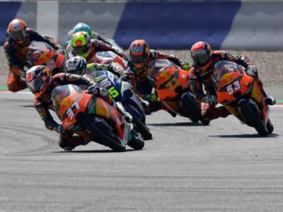 LIVE Moto3, GP Emilia-Romagna 2021 in DIRETTA: Antonelli in pole position! Acosta 5°, Foggia 14°