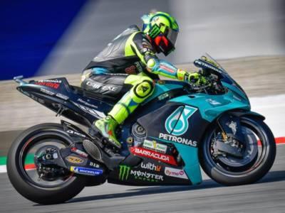 """MotoGP, Valentino Rossi: """"La gomma aveva poco grip. Bravo Viñales, ha fatto quello che doveva fare"""""""
