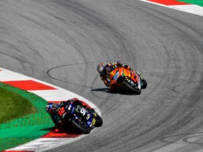 LIVE Moto2, GP Gran Bretagna 2021 in DIRETTA: Raul Fernandez precede Jorge Navarro nella FP2, bene gli italiani