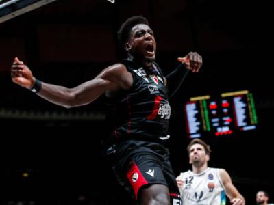 Basket: Awudu Abass, lesione al legamento crociato del ginocchio destro. Altri guai per la Virtus Bologna