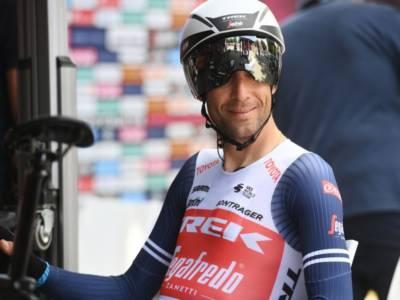 Ciclismo, Vincenzo Nibali si è sottoposto ad un intervento al naso. Oggi l'incontro con l'Astana a Montecatini