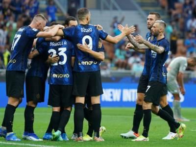 Calcio, Champions League: l'Inter attende il Real Madrid. Il Milan ad Anfield sfida il Liverpool