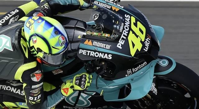 """LIVE MotoGP, GP Aragon in DIRETTA: pole di Bagnaia! Valentino Rossi: """"Problemi con lo sponsor arabo"""""""
