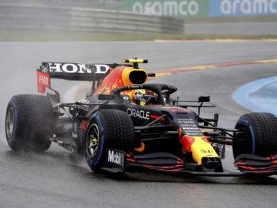 """F1, Sergio Perez: """"Sabato sarà molto importante, non ci sono molti posti in cui attaccare"""""""