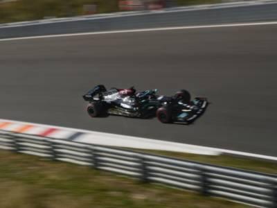F1, classifica FP1 GP Italia: Hamilton vola con la Mercedes a Monza, 2° Verstappen. Ferrari lontana dai primi