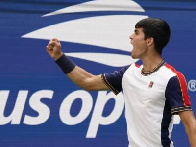 US Open 2021, risultati tabellone maschile 3 settembre: Alcaraz elimina Tsitsipas, Tiafoe batte Rublev. Agli ottavi anche Medvedev