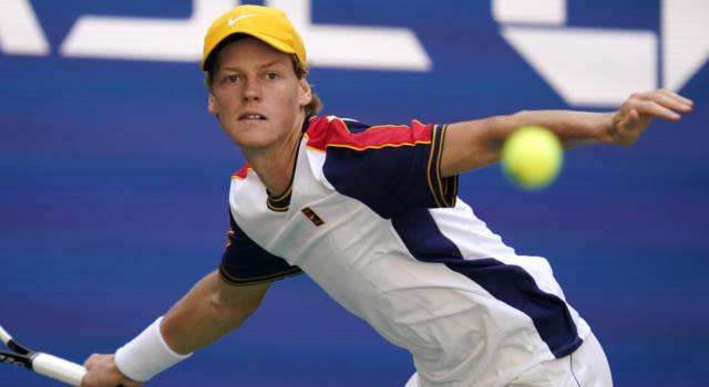 Tennis, si complica la corsa di Jannik Sinner alle Atp Finals. Hurkacz vola: serve il cambio di passo