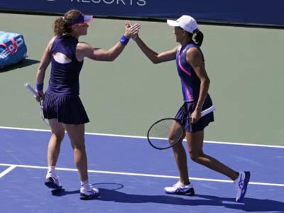 US Open 2021: Samantha Stosur e Shuai Zhang sono campionesse nel doppio a New York