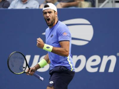 """LIVE Berrettini-Djokovic 1-3, US Open in DIRETTA: il n.1 del mondo è implacabile. Nole: """"Matteo il migliore per servizio e diritto"""""""