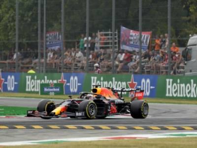 LIVE F1, GP Italia in DIRETTA: Verstappen penalizzato per l'incidente con Hamilton! Il video dello scontro