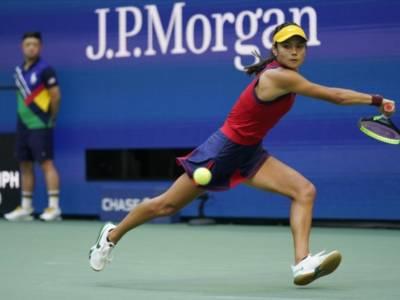 Tennis, Emma Raducanu wild card a Indian Wells. Debutto da campionessa slam per la britannica