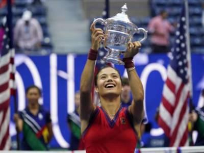 """Tennis, Emma Raducanu si separa dal coach Andrew Richardson: """"Ho bisogno di un allenatore con tanta esperienza"""""""