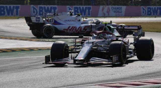 """F1, Antonio Giovinazzi: """"Ho danneggiato l'ala anteriore ed fondo. La gara era compromessa"""""""