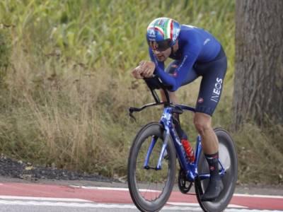 Filippo Ganna il vero erede di Nibali come volto del ciclismo. È lo sportivo italiano n.1