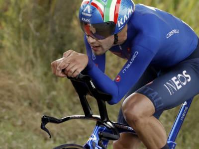 Ciclismo, pagelle cronometro Mondiali: Filippo Ganna è perfetto, van Aert ed Evenepoel devono arrendersi