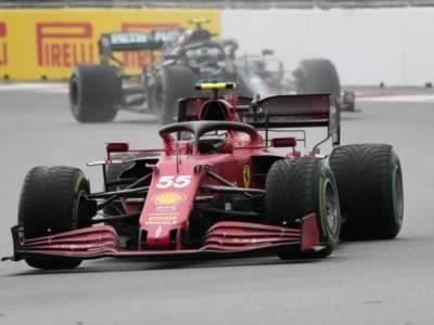 LIVE F1, GP Russia 2021 in DIRETTA: la Ferrari sogna con Sainz. Orario gara TV8 e griglia di partenza