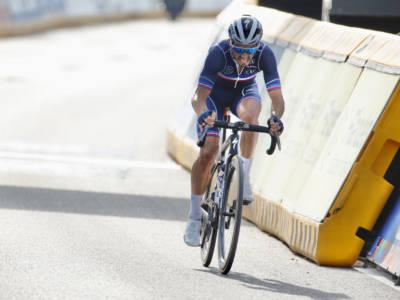 Ciclismo, Mondiali 2021: altro show di Julian Alaphilippe, doppietta iridata per il francese. Decimo Colbrelli