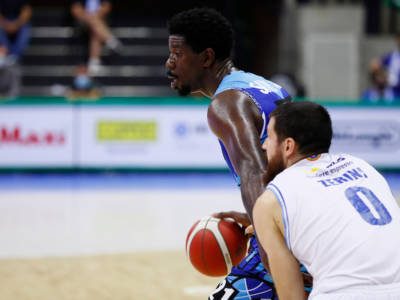 Basketball Champions League 2021, la Nutribullet Treviso batte il Bakken Bears grazie a un immenso Henry Sims