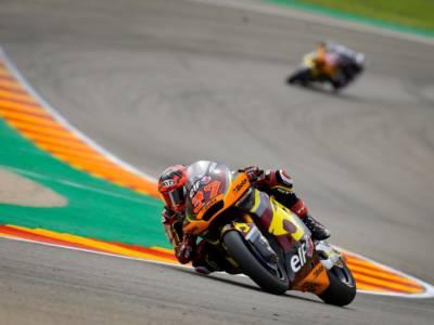 Moto2, risultato warm-up GP Aragon: A. Fernandez detta il passo, ottimi segnali per Bezzecchi