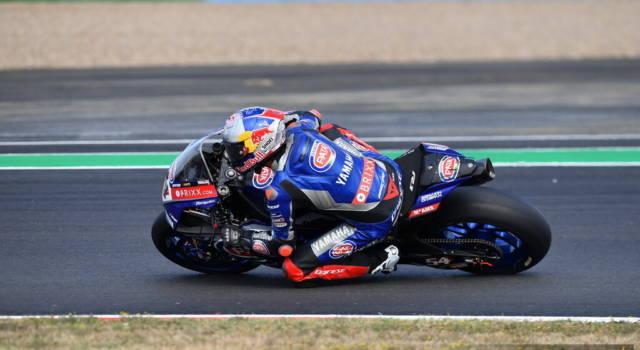 LIVE Superbike, GP Francia 2021 in DIRETTA: Razgatlıoğlu vince la lotta contro Rea, terzo Locatelli
