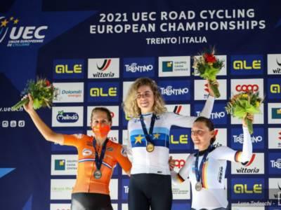 Ciclismo, Europei 2021: Marlen Reusser domina la cronometro femminile, ottava Vittoria Bussi