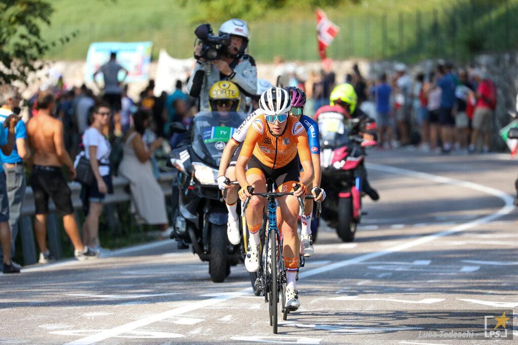 Ciclismo, le pagelle della seconda giornata dei Mondiali: van Dijk da favola, van Vleuten sottotono