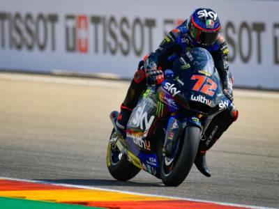LIVE Moto2, GP Aragon 2021 in DIRETTA: Raul Fernandez vince in solitaria davanti a Gardner, ritiro per Bezzecchi