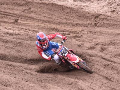 LIVE Motocross, GP Sardegna MXGP in DIRETTA: doppietta di Jeffrey Herlings! Rammarico per l'infortunio di Cairoli