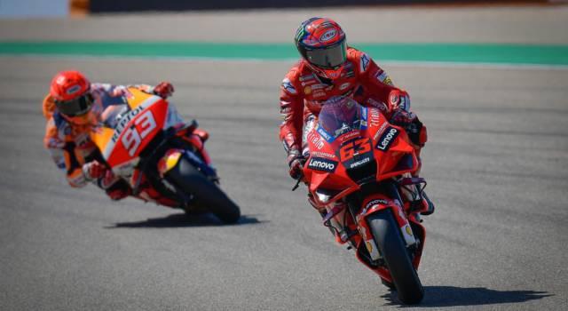 """DIRETTA MotoGP, GP San Marino LIVE: l'annuncio di Valentino Rossi. """"Correrò con le auto GT"""""""