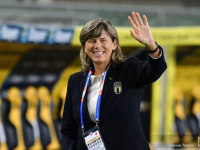 """Calcio femminile, Milena Bertolini: """"Dobbiamo avere fame e voglia di centrare l'obiettivo"""""""