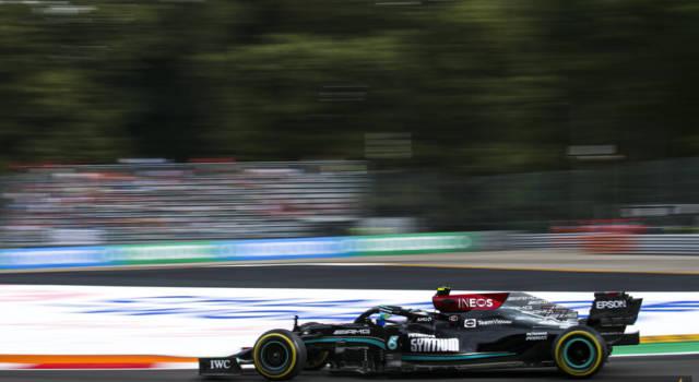 F1, perché Valtteri Bottas sarà penalizzato in gara a Monza e non nella Qualifica Sprint: il regolamento