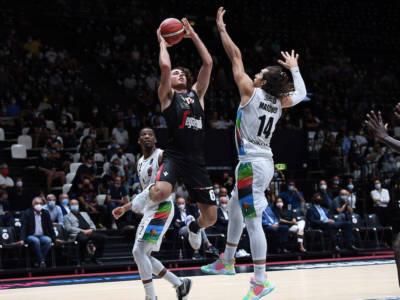 LIVE Venezia-Virtus Bologna 71-72, Supercoppa Italiana basket in DIRETTA: Bolognesi in finale, sarà ancora sfida con Milano!