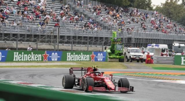 DIRETTA F1, GP Monza 2021 LIVE: video incidente Hamilton-Verstappen, arriva la penalità per l'olandese!