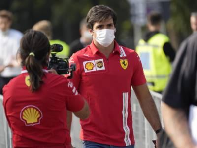 """F1, Carlos Sainz: """"Dopo l'incidente delle libere non ero in grande feeling con la macchina"""""""