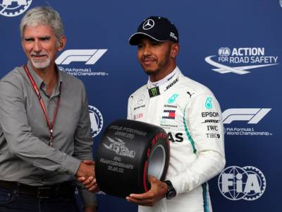 """F1, Damon Hill sentenzia: """"Max Verstappen ha pensato a un modo per 'fare fuori' Lewis Hamilton"""""""