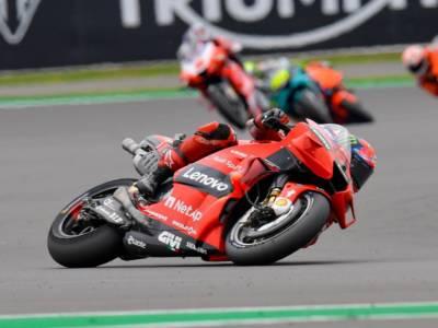 MotoGP, GP San Marino 2021. Bagnaia sogna il bis nel GP del ritorno di Dovizioso e Morbidelli