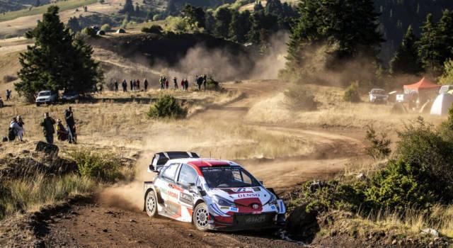 Rally Grecia 2021: Kalle Rovanpera vince l'Acropolis davanti a Tanak e Ogier che allunga nella generale