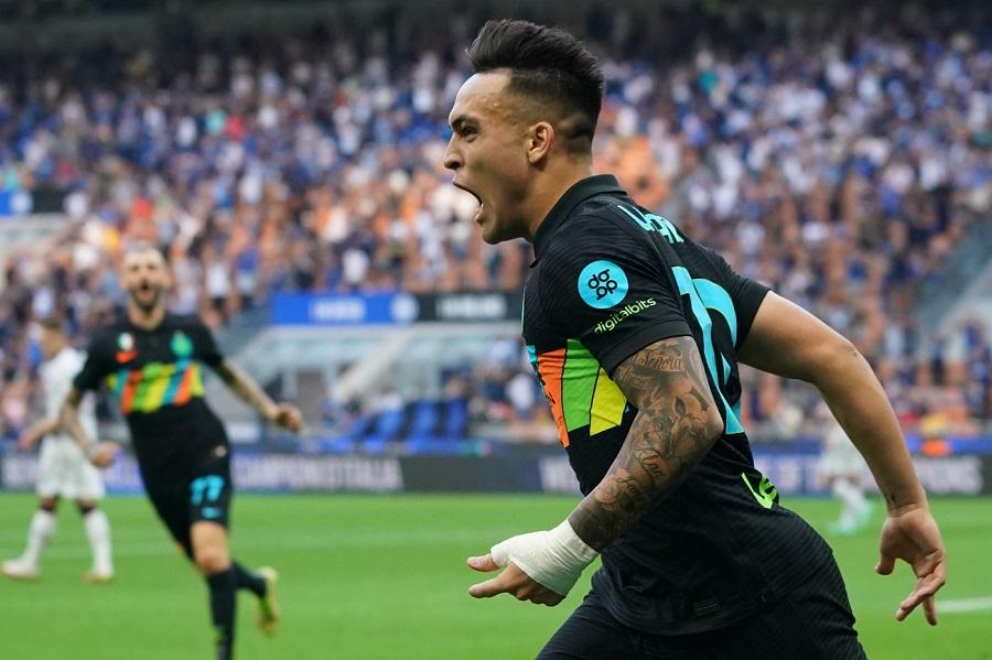 Calcio, goleada dell'Inter contro il Bologna, successi esterni di Atalanta e di Fiorentina nel 4° turno