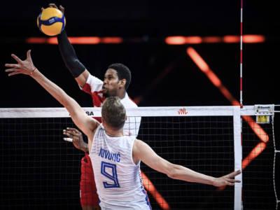 LIVE Polonia-Serbia 3-0, Finale 3°-4° posto Europei volley in DIRETTA: i padroni di casa dominano e conquistano il podio