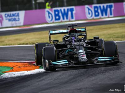 F1, Valtteri Bottas apre la doppietta Mercedes nelle qualifiche del GP d'Italia, terzo Verstappen, Sainz 7° davanti a Leclerc