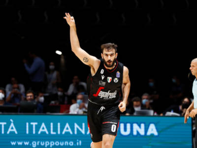 Basket: Virtus Bologna nella finale di Supercoppa Italiana, il primo titolo del 2021 vedrà la sfida classica con Milano